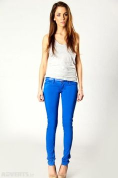 she looks good in blue jeans