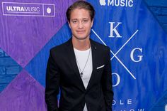 Kygo Hosts NYC Screening of Apple Music Documentary 'Stole the Show': 'It's Been An Amazing Ride' http://www.billboard.com/articles/news/dance/7881036/kygo-stole-the-show-documentary-premiere-interview?utm_campaign=crowdfire&utm_content=crowdfire&utm_medium=social&utm_source=pinterest  #producer  #mix