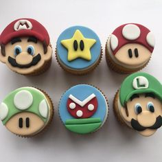 12 Mario and Luigi Inspired Cupcake Toppers-Fondant Mario Birthday Cake, Super Mario Birthday, Super Mario Party, Bolo Do Mario, Bolo Super Mario, Super Mario Bros, Mario Bros Y Luigi, Mario Bros Cake, Super Mario Cupcakes