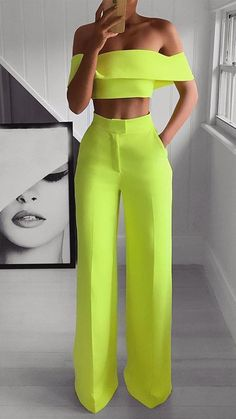 Stylish outfit idea to copy ♥ For more inspiration join our group Amazing Things ♥ You might also like these related products: - Jeans ->. Teen Fashion Outfits, Suit Fashion, Look Fashion, Fashion Dresses, Womens Fashion, Neon Outfits, Night Outfits, Milan Fashion, Fasion