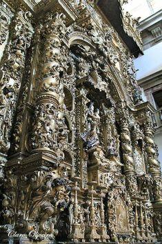 Talha escultura Júlio Leal: Porto Altar da Igreja S. Lourenço.