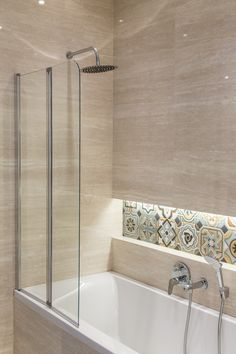 #Viverto #inspiracjeViverto #łazienka #bathroom #tiles #płytki #kolory #ceramika #armatura #inspiracja #inspiracje #pomysł #idea #perfect #beautiful #nice #cool #wnętrze #design #wnętrza #wystrójwnętrz #łazienki #jasno #hiszpańskie #vives #umywalka #bateria #light