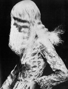 Photo of Ann Schaufus by Clive Arrowsmith, for UK Vogue, November 1970.
