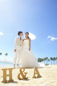 ビーチフォトウェディングで人気のイニシャルグッズで Hawaii Wedding, Wedding Photos, Formal Dresses, Fashion, Marriage Pictures, Dresses For Formal, Moda, Formal Gowns, Fashion Styles