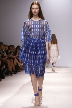 Christian Wijnants Ready To Wear Spring Summer 2014 Paris - NOWFASHION