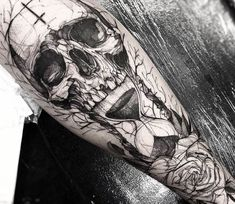 Skull with Sandglass tattoo by Fredao Oliveira