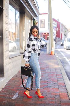 Oversized Gingham - business professional outfits on a budget Cute Outfits With Jeans, Simple Outfits, Classy Outfits, Chic Outfits, Trendy Outfits, Fashion Outfits, Ankara Fashion, Dope Fashion, Black Women Fashion