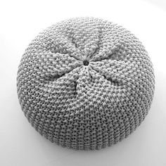 Nordic leaves: knitted pouf - LOVE - grey or pink (leaning toward pink)