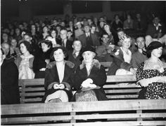 A section of the crowd in the grandstand at Sydney Cricket Ground, circa 1932. Sam Hood Collection, Mitchell Library, State Library of New South Wales: http://www.acmssearch.sl.nsw.gov.au/search/itemDetailPaged.cgi?itemID=9926