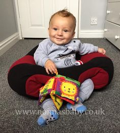 """Clark is a cute and happy little man in his new Hugaboo Baby Seat! Mummy Becci told us """"So glad I saw this!!! My baby has been so frustrated with having to lie down all the time and now he's content in his seat! Well worth the money x"""". Nonna is delighted! :-) • Find out more about Hugaboo Seats: https://nonnasbaby.co.uk/hugaboo-baby-seat/"""