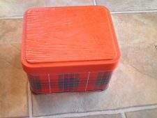 "ARNOTT'S TARTAN SHORTBREAD 500G BISCUIT TIN ""RED FRASER"" DESIGN EMPTY"