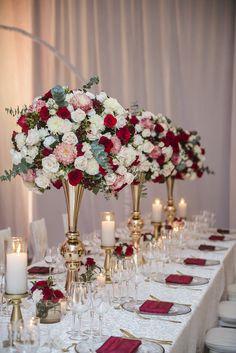 Amazing Centerpieces #centerpieces #redwine #wedding #floral #luxurywedding