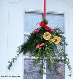 Lucka 21. Dekoration att hänga på dörren
