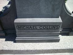 Grave of Michael Collins, Glasnevin Irish Republican Brotherhood, Anglo Irish Treaty, The Ira, Michael Collins, In Cold Blood, Cemetery Art, Irish Eyes, Emerald Isle, Dublin