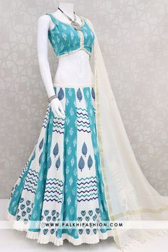 Palkhi fashion presents teal/white premium cotton silk chaniya choli with matching abhala work blouse & beige soft silk dupatta. Indian Designer Sarees, Indian Designer Outfits, Indian Outfits, Indian Party Wear, Indian Wear, Navratri Dress, Designer Party Wear Dresses, Navratri Special, Kurta Designs Women