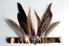 Ideas for Rivers birthday crown! DIY bohemian feather and leather headband! NO SEW!! justdawnelle.com #diy #feather #headband