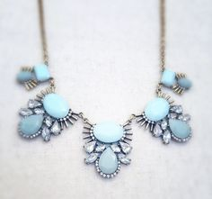 ♥ Super cute and popular mint green statement necklace. Nuff said. ♥ 17 in length with lobster clasp  ♥ Pendant approx. 1.5 x 1.5   SHIPPING ➳