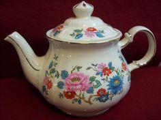 Sadler England Teapot - Pink, Red and Blue Flower Garden w Gold Trim - Vintage #Sadler