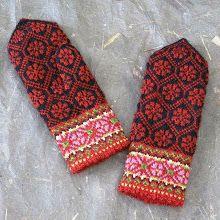 Ravelry Ravelry: Kurzeme, Perkone, p 326 pattern by Maruta Grasmane - Knitted Mittens Pattern, Crochet Mittens, Crochet Gloves, Fingerless Mittens, Knitted Hats, Knitting Charts, Knitting Stitches, Knitting Socks, Hand Knitting