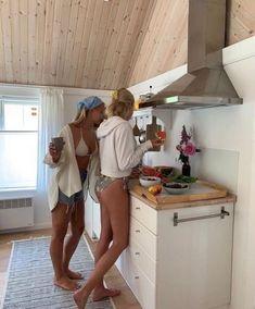 Summer Vibes, Summer Feeling, Best Friend Pictures, Friend Photos, Summer Dream, Summer Baby, Summer Picnic, Mädchen In Bikinis, Summer Goals