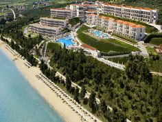 Oceania Club in Halkidiki, Greece, has been qualified as the best luxury all-inclusive hotel in Europe and one of the Top 25 best luxury all-inclusive hotels in… Greece Resorts, Greece Vacation, Greece Travel, Best All Inclusive Resorts, Hotels And Resorts, Best Hotels, Amazing Hotels, Greece Culture, Lush