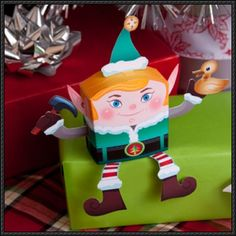 Christmas Papercraft - 3D Elf Free Paper Toy Download