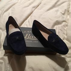 NWB, Bass Blair Patriot Blue Loafers.Leather upper Brand new with box never worn, blue leather upper suede loafers with comfort step. Bass Shoes Flats & Loafers
