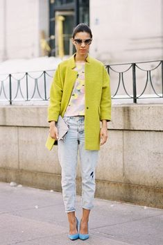 Topshop Chartreuse coat worn with floral top, jeans and tip toe aquamarine coloured pumps!