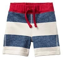 Shop Gap for a collection of cute baby boy clothes, from baby bodysuits to tops and more. Browse a variety of high-quality baby boy clothes in so many designs and fabrics. Champs Shoes, Toddler Boys, Kids Boys, Rugby Shorts, Kids Fashion Boy, Future Baby, Fashion Prints, Cute Kids, Boy Outfits