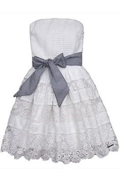 100 Pretty Lace Dresses for Summer | Teen Vogue