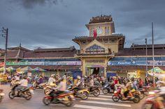 New post: Motorbike street #food  tour #hochimin #vietnam. #travel Check the site in bio for full post. ------------------------------------------- #NatGeoTravel #lp #expediapic #rtw #tripnatics #lovetheworld #traveller #igtravelers #travelling #beautifuldestinations #traveldeeper #writetotravel #bucketlist #huffpostgram #postcardsfromtheworld #travelphotography #travelblogger #igtravel #travelstoke #wanderlust #instatravel #photography #travelgram #travelingram…