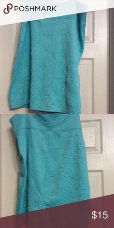 Mint green skirt.🌹Size 3x. 🌹 Unique floral pattern mint green skirt. Size 3x 🎉🎉 Derek plus Skirts Midi