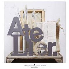 Tableau photo sur toile 30x30 cm - Atelier - Photographies  Amelie Vuillon