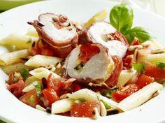 Gevulde kipfilet met pastasalade