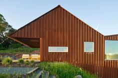 Mork-Ulnes designs Corten house for a food entrepreneur in the Sonoma Valley Winding Stair, Suite Principal, Cladding Materials, Agricultural Buildings, Weathering Steel, Sonoma Valley, Wooden Decks, House Roof, Architect Design