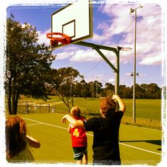 Shooting hoops on a Sunday afternoon in Olds Park #Penshurst. @McGrath St George #basketball