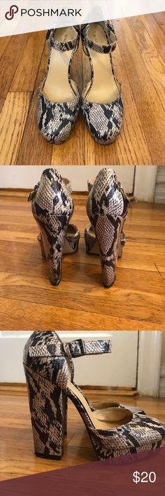 Nine West Platform Heels Gently used crocodile platform heels from Nine West. Size 8. Bottoms are dirty from a night out dancing :) Nine West Shoes Platforms