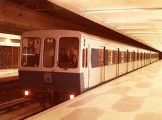 Coche serie 5000 Madrid Metro, Metro Rail, Metro Subway, Foto Madrid, Taxi, Barcelona, Buses, Spanish, Beautiful