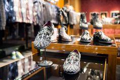 Les souliers du défilé Dolce & Gabbana, à la boutique rue du Faubourg Saint-Honoré