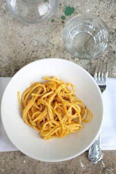 spaghetti con zucca e noci