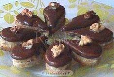 Kávové slzičky - My site Chocolate Coffee, Chocolate Desserts, Czech Desserts, Czech Recipes, Oreo Cupcakes, Food Decoration, Sweet And Salty, Desert Recipes, Xmas Cookies