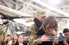 A Military Story: {Homecoming} First Kiss - Anna-Lisa Photography w/ a special homecoming photo session of the 1st kiss raffle winners <3