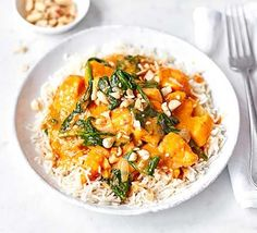 Satay sweet potato curry Cook this tasty vegan curry for an exotic yet easy family dinner. With spinach and sweet potato, it boasts two of your five-a-day and it's under 400 calories - Delicious Vegan Recipes Vegan Recipes Bbc, Bbc Good Food Recipes, Vegan Dinner Recipes, Vegan Breakfast Recipes, Vegetarian Meals, Cooking Recipes, Healthy Recipes, Healthy Meals, Curry Recipes