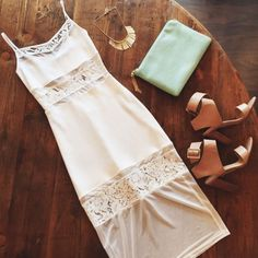 White Dresses In Charlotte for Parties, Graduations, Weddings and more : Best Blog Charlotte NC