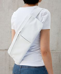 The convenience of a shoulder bag without the potential of stuffing it - it's just the right size! Expensive Purses, Designer Backpacks, Bag Making, Soft Leather, Chef Jackets, Street Wear, Take That, Shoulder Bag, My Style