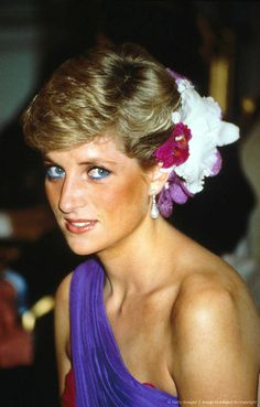 Diana, Princess of Wales with exotic flowers in her hair. Enjoy RUSHWORLD boards, DIANA PRINCESS OF WALES EXTENSIVE PHOTO ARCHIVE and UNPREDICTABLE WOMEN HAUTE COUTURE. Follow RUSHWORLD! We're on the hunt for everything you'll love!