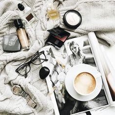 78 отметок «Нравится», 13 комментариев — Фотограф В СПб Аня Курбакина (@anya_kurbakina) в Instagram: ««Он бомбический, - написала я Ленке в вотсапп про Caron Montaigne. - Второй день не могу…»