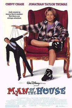 Man of the House is a 1995 comedy film starring Chevy Chase, Farrah Fawcett and Jonathan Taylor Thomas. Childhood Movies, 90s Movies, My Childhood Memories, Good Movies, Comedy Movies, Watch Movies, Walt Disney Movies, Walt Disney Pictures, Family Movie Night