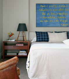 quarto masculino solteiro simples aconchegante