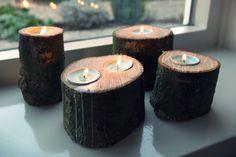 Maak je eigen kaarsenstandaard van hout. in deze diy leggen we je uit hoe je van boomstronken deze gezellige kaarsenhouder maakt.  #kaarsenhouder van #boomstronk #diy #kaarsenstandaard #kaarsen diy, #hout